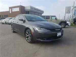 2015 Chrysler 200 S Leather, Sunroof !!!!