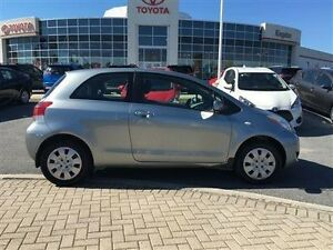 2009 Toyota Yaris 3-door Hatchback 5M What a nice car value!