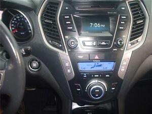 2014 Hyundai Santa Fe Sport 2.0T ALL Wheel Drive Heated  Leather Belleville Belleville Area image 15