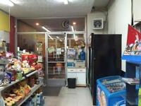 Convenience Store for sale in Chomedy Laval 6832