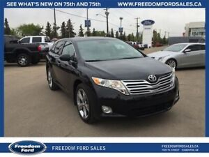 2011 Toyota Venza AWD, V6, Navigation, Premium Audio, Leather In