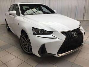 2018 Lexus IS 300 -