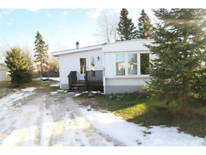 Didsbury - Nice 3 bdrm - 0 to move in!!
