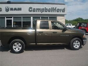 2012 Dodge Ram 1500 5.7L AIR Conditioning 4X4 Power Windows AND
