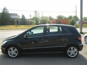 2011 Mercedes-Benz B-200  LOW KM