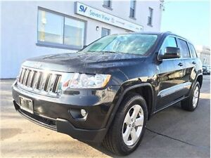 2011 Jeep Grand Cherokee Laredo Navigation, Leather, Only 40, 00