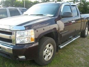 2009 Chevrolet Silverado 1500 LOW MILEAGE MUST SEE!!