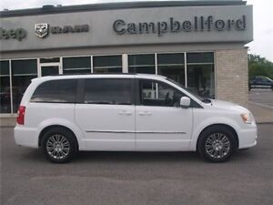 2014 Chrysler Town & Country Touring Heated Leather Remote Start