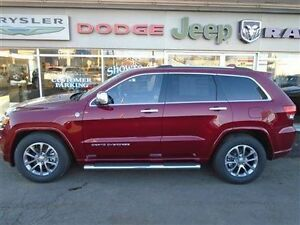 2015 Jeep Grand Cherokee OVERLAND 4x4 Diesel LOW KM SAVE $18,615