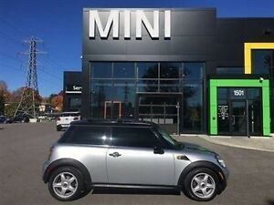 2009 MINI Cooper LOOK AT THIS ONE PURE SILVER SUNROOF 6SPEED MAN
