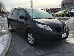 2012 Toyota Sienna CE 7-Pass V6 6A What a Great Value! Kingston Kingston Area image 2