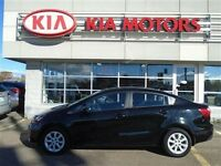 2013 Kia RIO4 LX Manual Transmission!! Fuel Sipper!!