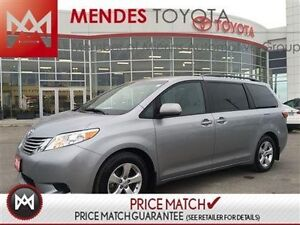 2016 Toyota Sienna LE: BACK UP CAM, POWER SLIDING DOORS We have