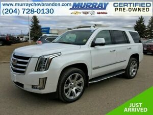 2017 Cadillac Escalade Luxury AWD *Auto Park Assist* *Nav* *360