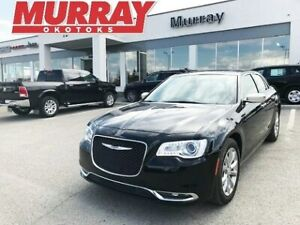 2018 Chrysler 300 Limited - BLUETOOTH   LOADED   LOW KMS