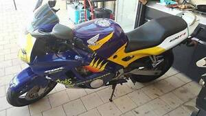 Honda CBR 600F3 - Running and Registered Huntingdale Gosnells Area Preview
