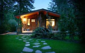 """Villa Johanne"" Cozy cottage from $135 CAD/night in Port Renfrew"