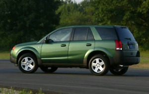 2003 saturn vue 4 CYL-  AWD - FOR PARTS