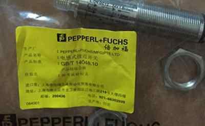 1pc Brand New Pepperl Fuchs Inductive Sensor Obs4000-18gm60-e4-v1