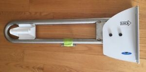 Safety Rail/Washroom Grab Bar With Toilet Tissue Dispenser
