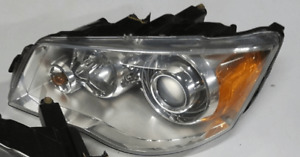 chrysler town country HID Headlight (will fit dodge caravan)