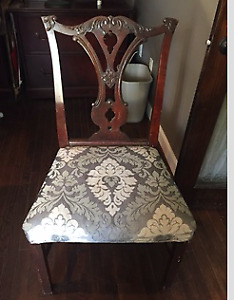 Set of 6 authentic 100 year old Chippendale chairs
