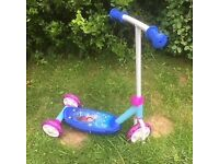 GIRLS 'FROZEN' 3 WHEEL SCOOTER