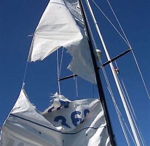 Torn, Unloved or Unwanted sails... Bring Out Your Dead!