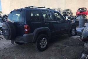 JEEP KJ CHEROKEE 2.8 DIESEL WRECKING, ENGINE MOTOR, GEARBOX PARTS