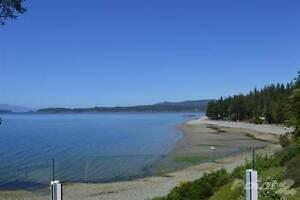 Homes for Sale in Halfmoon Bay, British Columbia $2,877,000