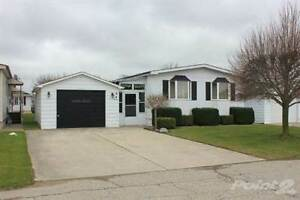 Homes for Sale in Strathroy-Caradoc, Strathroy, Ontario $94,900