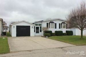 Homes for Sale in Strathroy-Caradoc, Strathroy, Ontario $98,900