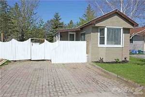 Homes for Sale in Angus, Essa, Ontario $137,900