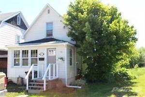Homes for Sale in Grosvenor, Sault Ste. Marie, Ontario $89,900