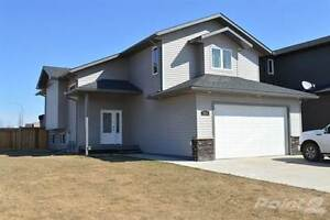 Homes for Sale in Lakewood Estates, Cold Lake, Alberta $499,900