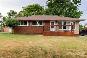 Homes for Sale in Beamsville, Lincoln, Ontario $479,900
