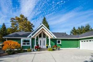 Homes for Sale in Blind Bay, British Columbia $998,500