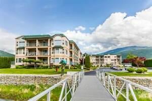 Condos for Sale in Sicamous, British Columbia $247,000
