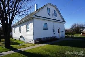 Homes for Sale in Loreburn, Elbow, Saskatchewan $128,500