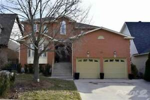 15 Golfview Crescent