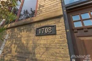 1708 8th AVENUE