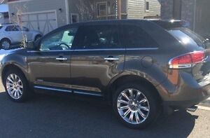 2011 Lincoln MKX SUV - VERY LOW KMS