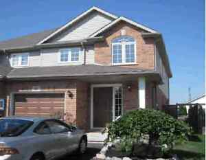 Beautiful 3 Bedroom Home for Rent – West St. Catharines