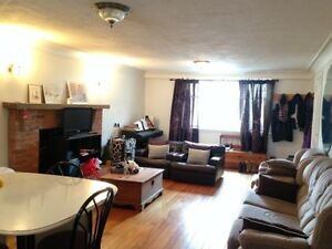 Summer Sublet Available May 1st 2017-September 1st 2017