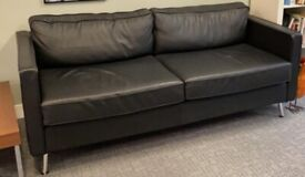 LARGE 4 SEATER LEATHER SOFA FOR SALE £450