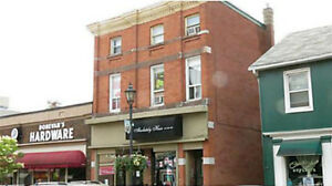 One Bed One Bath Close to All Amenities - Gananoque