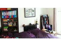 ***AVAILABLE NOW*** Double room in for FEMALE in friendly houseshare.