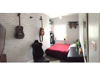 2 BED FLAT-TRENDY OLD STREET COUNCIL/HOUSING ASSOCIATION EXCHANGE TO 2-3 BED HOUSE OUTSIDE OF LONDON