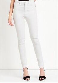 Skinny White Jeans (size 6)