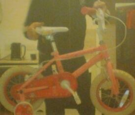 """Girls 12"""" pink princess bike. With stabilisers FREE DELIVERY in Plymouth area"""
